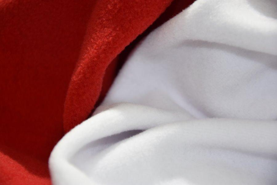 Red And White ( Kırmızı Ve Beyaz )